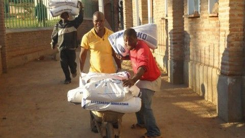 Delivery of humanitarian aid to the Church of Malawi